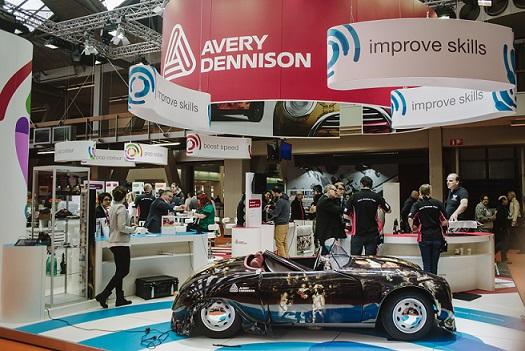 Autoteippaus oli esillä Avery Dennisonin osastolla Fespassa. Kuva Digitext.