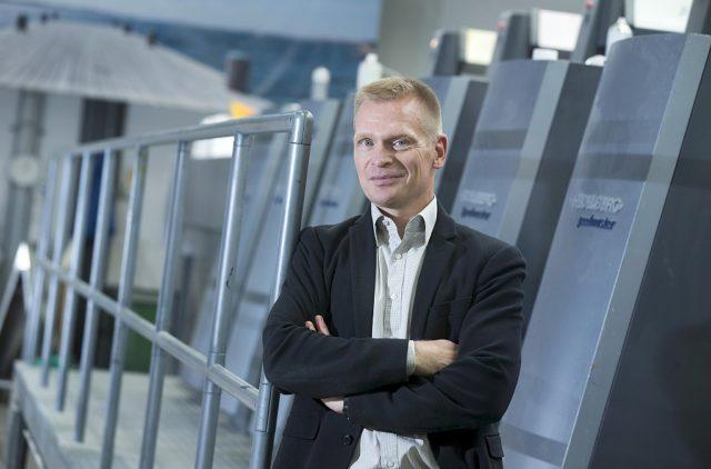 Erwekon Tapio Hedman uskoo painotöiden voimaan viestinnässä. Kuva Mauri Ratilainen.