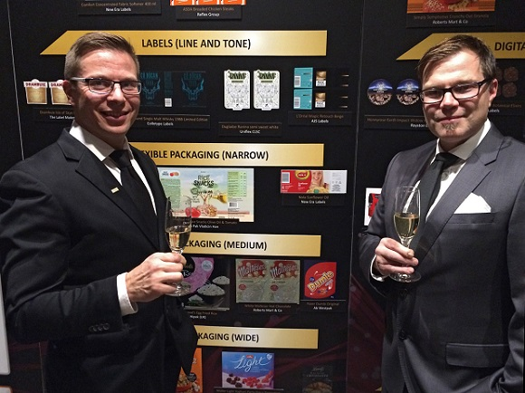 Kuvassa vasemmalta Marvacon Tomi Havia ja Westpakin Ville Riitahaara.
