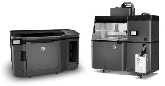 HP Jet Fusion 3D 3200 Printer ja Jet Fusion 3D Processing Station.