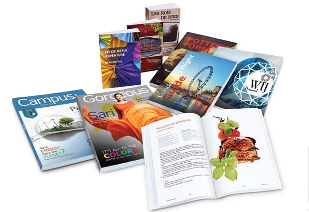 HP:n T240 HD rullapainokoneella tehtyjä kirjoja.