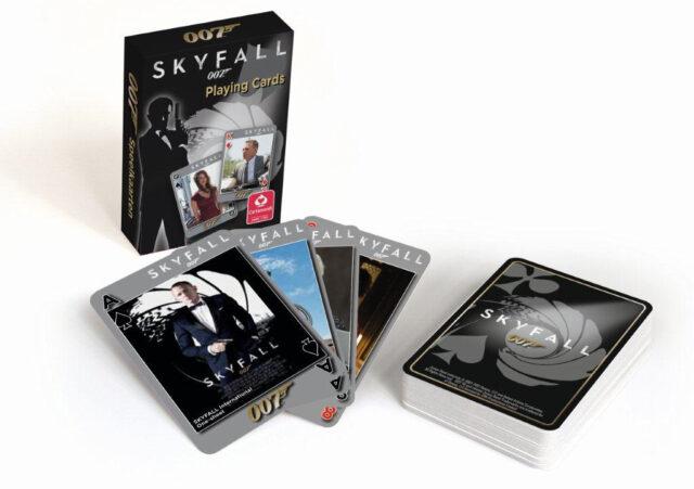 Carta Mundi on tehnyt Bond-pelikortteja jo yli 10 vuotta. Uusimpana Skyfall-pelikortit