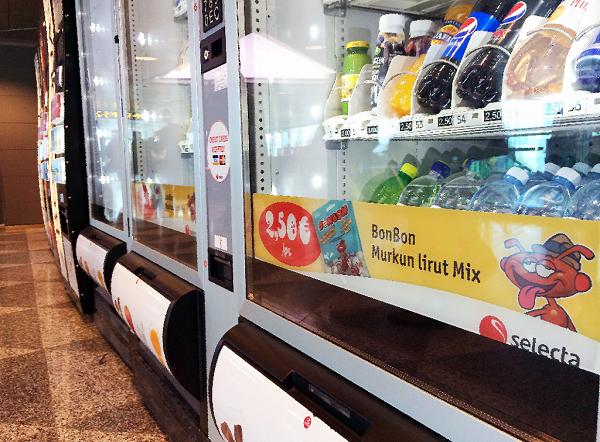 Selecta käyttää juoma-automaateissaan Stafix-tarroja.